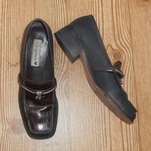 Brighton brown leather loafer